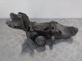 Запчасть кронштейн генератора Renault Laguna 2 2005-2007