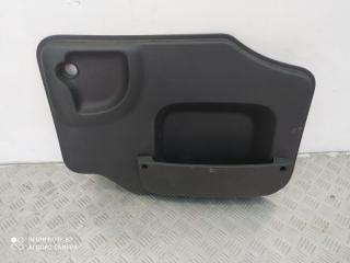 Запчасть обшивка двери багажника Lada Largus