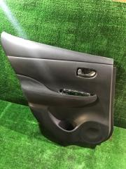 Обшивка дверей задняя левая Nissan LEAF 2013