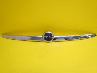Запчасть хром крышки багажника задний Opel Insignia 2013-