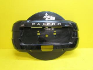 Запчасть кожух запасного колеса задний Mitsubishi Pajero 2006-2014