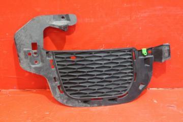 Запчасть решетка радиатора правая Land Rover Evoque 2011-2015