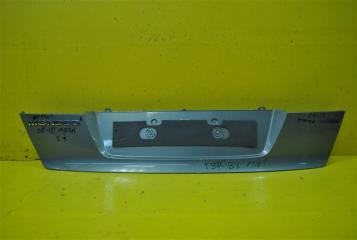 Запчасть накладка крышки багажника задняя Ford Mondeo 2008-2010
