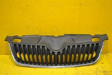 Запчасть решетка радиатора передняя Skoda Fabia 2010-2014