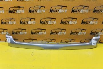 Запчасть накладка решетки радиатора передняя Toyota HiAce 2010-2020