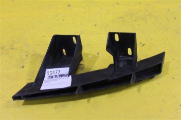 Запчасть кронштейн бампера передний правый Audi Q7 2005-2009