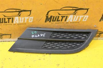 Запчасть решетка в бампер передняя правая Volkswagen Jetta 2010-2014