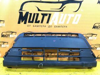 Запчасть решетка в бампер Suzuki Grand Vitara 2015-2020