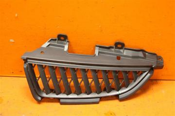 Запчасть решетка радиатора левая Mitsubishi Grandis 2003-2011