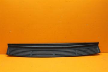 Запчасть накладка бампера Lexus LX 2007-н.в.