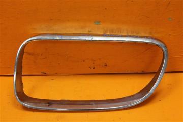 Запчасть накладка решетки радиатора левая BMW 3 2008-2013