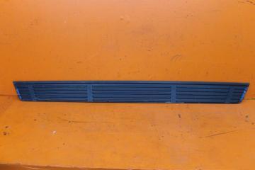 Запчасть накладка порога правая Lexus GX 2009-нв