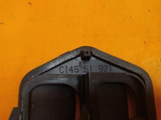 Запчасть решетка вентиляционная Mazda 3 2003-2009