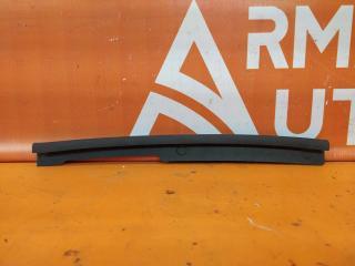 Запчасть накладка капота левая audi A4 2015-нв