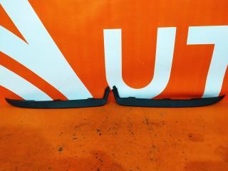 Запчасть накладка фары правая Renault Logan 2012-2018