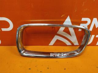 Запчасть накладка решетки радиатора левая BMW 3 series 2011-нв