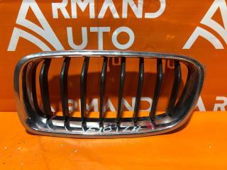 Запчасть решетка радиатора левая BMW 3 series 2011-нв