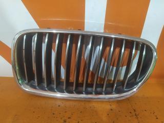 Запчасть решетка радиатора левая BMW 5 series 2009-2013