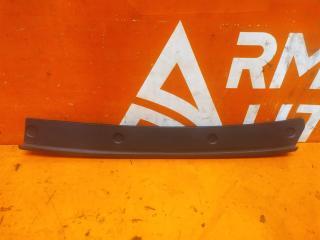 Запчасть уплотнитель капота передний правый Audi A7 2018-нв