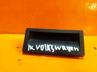 Запчасть ручка двери багажника Volkswagen Passat 2011-2015