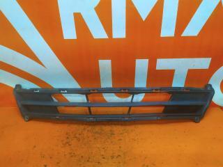 Запчасть решетка бампера передняя Hyundai Solaris 2014-2017