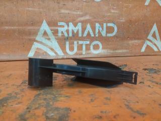 Запчасть дефлектор радиатора левый Renault Duster 2010-нв