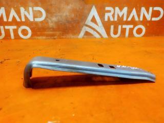 Запчасть кронштейн бампера центральный передний Mitsubishi Outlander 2012-нв