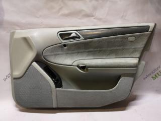 Обшивка двери передняя правая MERCEDES