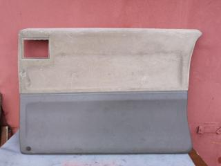 Обшивка двери правая MERCEDES V-CLASS 2002