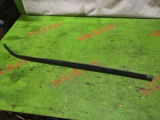 Молдинг лобового стекла правый MERCEDES E-CLASS 1997