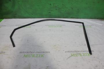 Запчасть уплотнитель двери передний левый MERCEDES V-CLASS 2001