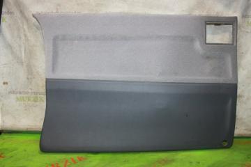 Обшивка двери левая MERCEDES V-CLASS 2000