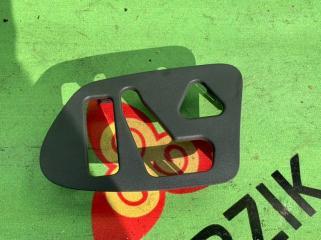 Накладка двери передняя левая MERCEDES E-CLASS 1995