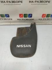 Запчасть брызговик задний правый NISSAN Terrano 1993