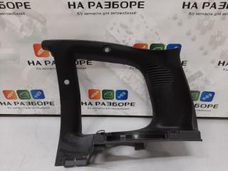 Запчасть накладка на стойку внутренняя задняя правая CHEVROLET NIVA