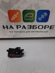Запчасть блок управления стеклами (кнопка ) задний левый HYUNDAI i40 2013