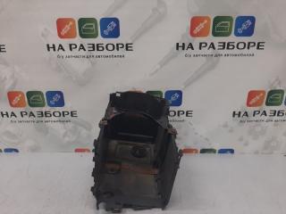 Запчасть крепление аккумулятора MAZDA 3 2008