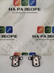 Запчасть петля двери передняя правая INFINITI QX56 2012
