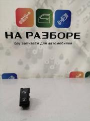 Запчасть кнопка управления сиденьями задняя правая INFINITI QX56 2012