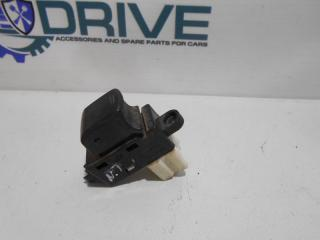 Запчасть кнопка стеклоподъемника Nissan Tiida 2013