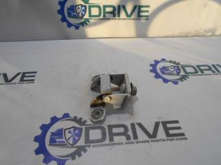 Запчасть петля багажника Nissan Tiida 2013