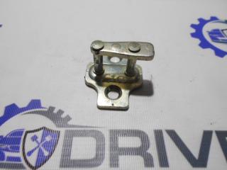 Запчасть ответная часть замка (петля) Chevrolet Aveo 2009-2011