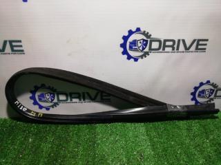 Запчасть уплотнитель стекла двери передний правый Hyundai i20 2008 - 2014