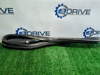 Запчасть уплотнитель стекла двери задний левый Ford Focus 1998 - 2007