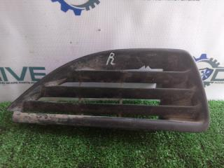 Запчасть решетка радиатора левая Renault Megane 1999 - 2003