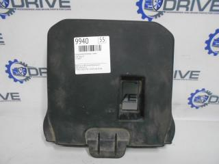 Запчасть крышка аккумулятора Ford Focus 3