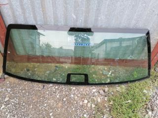 Запчасть стекло заднее Volvo 460 1994