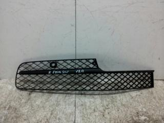 Запчасть решетка бампера передняя правая Bentley Flying Spur 2013>