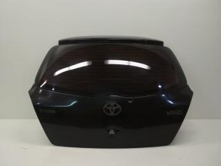 Запчасть крышка багажника задняя Toyota Yaris 2006-2012
