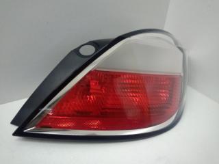 Запчасть фонарь задний правый Opel Astra 2004-2007